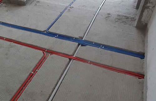 水电管线工程走向复杂,如果水电管线施工不得当就可能造成水管漏水,或